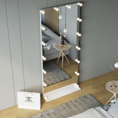 Зеркала с лампами